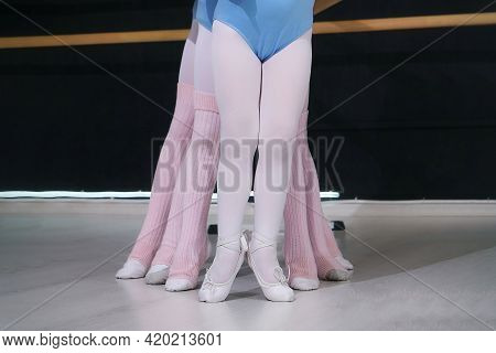 Young Girls In Choreography Classes. Whose Legs Took A Graceful Shape.