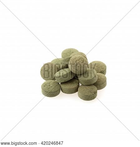 Herbal Extract Medicine Tablets Pills With Capsules And Powder Or Fa Thalai Chon (andrographis Panic