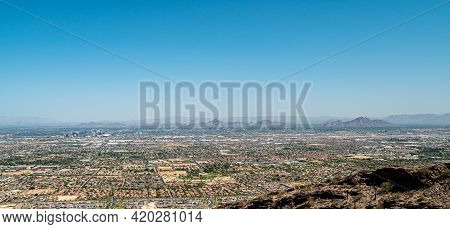 Phoenix Arizona The Valley Of The Sun From South Mountain