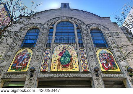New York, New York - Apr 24, 2021: Saint George Ukrainian Catholic Church In The East Village Of New