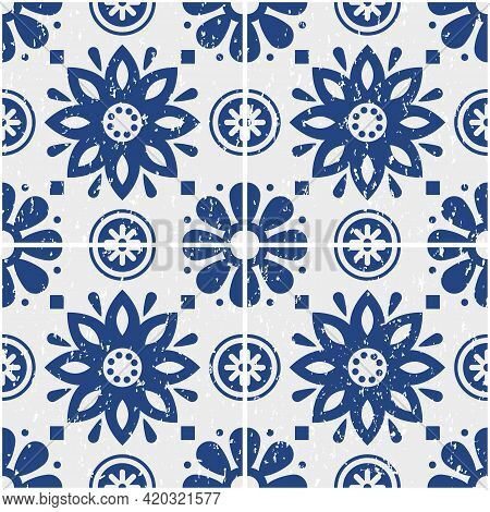 Portuguese Azulejo Tiles Seamless Vector Pattern - Old Scratched Style, Retro Design With Flowers In
