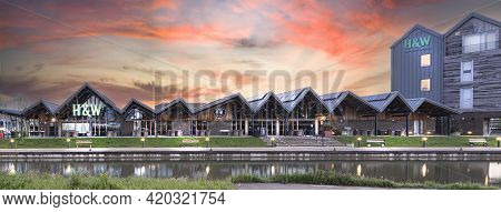 Swindon, Uk - May 13 , 2019: Hall & Woodhouse Café, Bar And Restaurant In Canalside, Wichelstowe, Sw