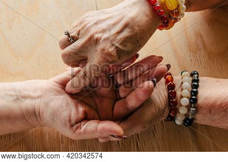 Grandma Magic, Fortune Telling, Palmistry. Chiromancy, Women Hands, Destiny Reading