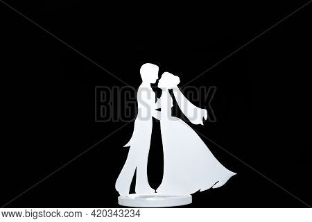 Beautiful Silhouette Of Bride And Groom Decorative - Wooden Bride And Groom Profile