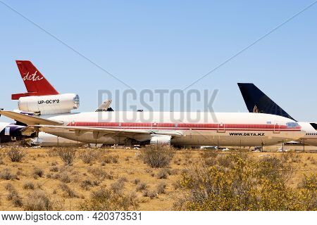 May 12, 2021 In Victorville, Ca:  Vintage Dc 10 Aircraft Stored In The Victorville, Ca Airplane Grav