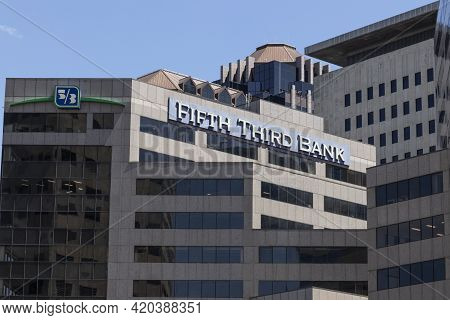 Indianapolis - Circa May 2021: Fifth Third Bank Tower. Fifth Third Services 15 Regions With More Tha