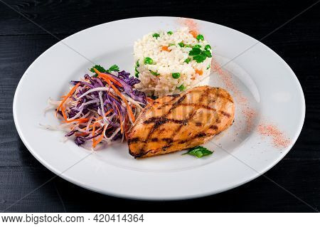 Steak Chicken Grill And Cabbage Lettuce Coleslaw In A Plate Of Us Fat. Diet Nutrition