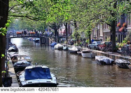 Amsterdam, Netherlands - July 7, 2017: Leidsegracht Canal In Amsterdam, Netherlands. Amsterdam Is Th