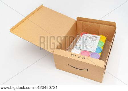Fuji City, Shizuoka-ken, Japan - April 29, 2021: Open Cardboard Box For Delivery Of Goods From Amazo