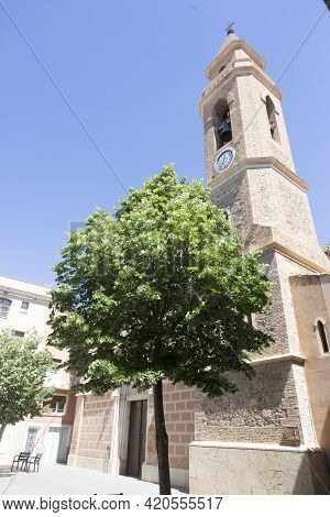 Cambrils, Spain, May 1, 2020 - Santa Maria Church In Old Town. City Clock On Bell Tower Of St. Marys
