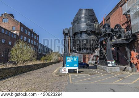 Sheffield, South Yorkshire, England - April 19 2021: Sign For Kelham Island Museum In Sheffield. An