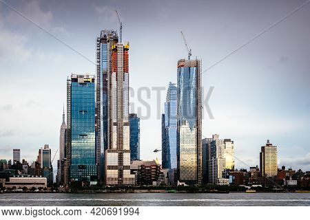 New York City, Usa - June 23, 2018: Skyscrapers Under Construction In Hudson Yards Area In West Side