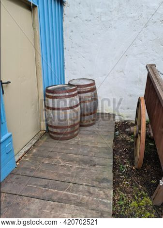 Wooden Barrels For Wine, Beer Or Whiskey Set Top View. Realistic Cask Made Of Oak Wood, Keg For Rum