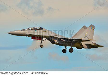 Labuan,malaysia-may 19,2021:royal Malaysia Air Force Sukhoi Su-30mkm Aircraft At Low Level During Th