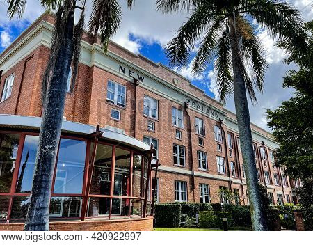 Brisbane, Australia - May 18, 2021: View Of The Mactaggarts Woolstores Built In 1926 On The Teneriff