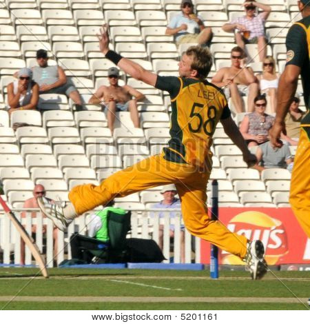 Australian Cricket Champion Bowler  Brett Lee In Mid-throw