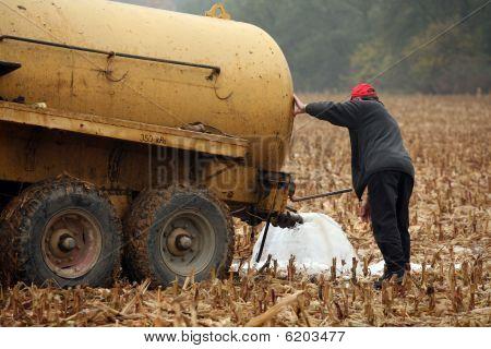 Farmers milk protest in Czech republic