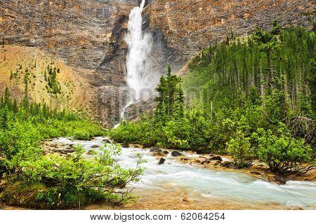Takakkaw Falls waterfall in Yoho National Park, British Columbia, Canada