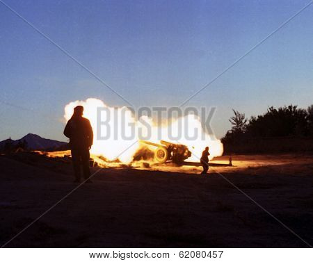 KABUL, AFGHANISTAN - OCTOBER 22: Northfoto Alliance fighters launch a fierce artillary barrage against Taliban forces north of Kabul, Afghanistan on Tuesday, October 22, 1996