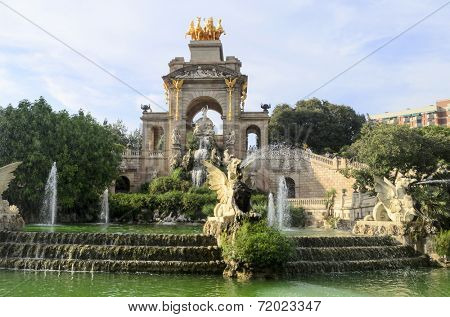 Fountain at Parc de la Ciutadella in Barcelona, Spain poster
