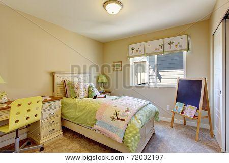 Cheerful Brigh Kids Room
