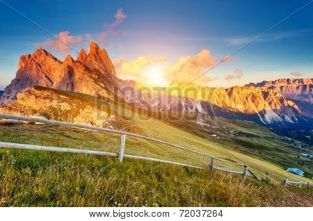 View on the  Odle - Geisler group and Pizes de Cir ridge. National Park valley Val Gardena. Dolomites, South Tyrol. Location Ortisei, S. Cristina, Italy, Europe. Dramatic morning scene. Beauty world.