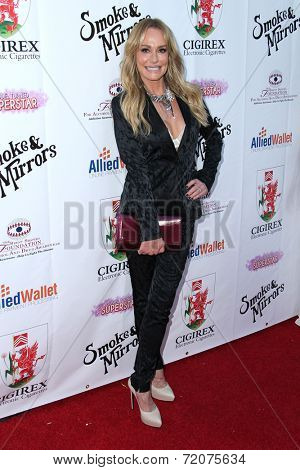 LOS ANGELES - SEP 13:  Taylor Armstrong at the 2014 Brent Shapiro Foundation Summer Spectacular at Private Residence on September 13, 2014 in Beverly Hills, CA