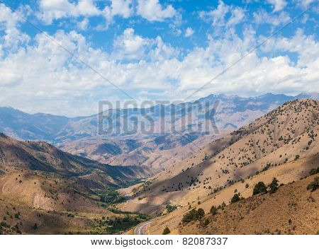 View from Kamchik (Qamchiq) mountain pass connecting Tashkent and Fergana valley Uzbekistan.