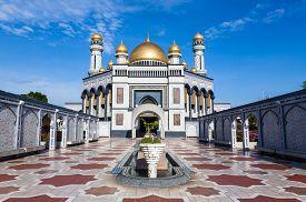 Jame'asr Hassanil Bolkiah Mosque in Bandar Seri Begawan Brunei
