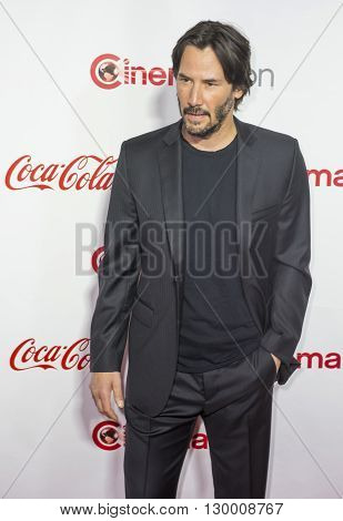 LAS VEGAS - APRIL 14 : Actor Keanu Reeves recipient of the Vanguard Award attends the CinemaCon Big Screen Achievement Awards at The Caesars Palace on April 14 2016 in Las Vegas