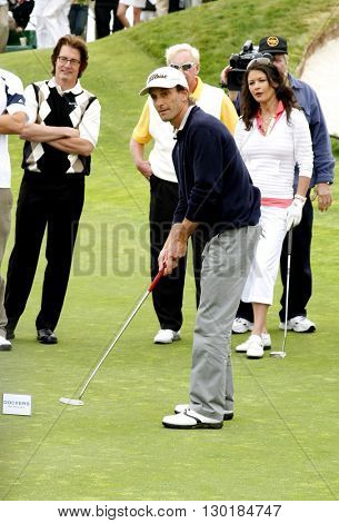 Kenny G at the 9th Annual Michael Douglas & Friends Celebrity Golf Tournament held at the Trump National Golf Club in Rancho Palos Verdes, USA on April 29, 2007.
