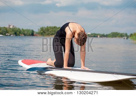 Sup Young Beautiful Girl Yoga Meditation04