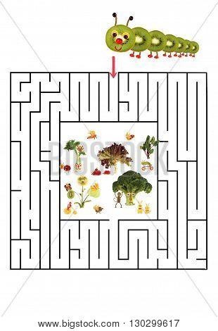 Funny maze game for Preschool Children. Illustration of logical education for children of preschool age.