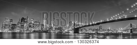New York Manhattan Bridge Night View