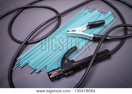 Welding equipment, welding electrodes, high-voltage wires with clips, set of accessories for arc welding.