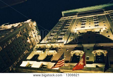 Manhattan: Looking Up