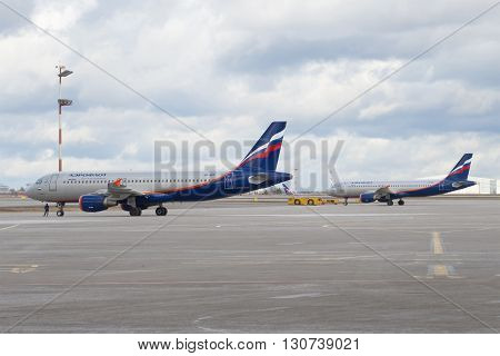MOSCOW, RUSSIA - APRIL 15, 2015: Two Airbus A320 aircraft of