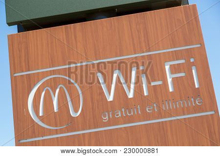 Mcdonanlds With Mccafe And Drivethru Sign