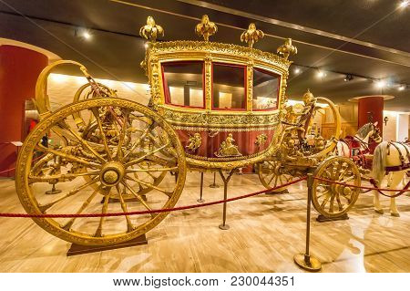 Vatican, Vatican City - June 12, 2017: Carriage In The Hall Of The Historic Transportation Vehicles