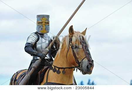 Mounted Knight ready to joust