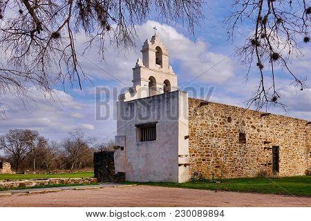San Antonio, Usa, 2018.02.27.: The Church Of The Mission San Juan At San Antonio In The Usa.