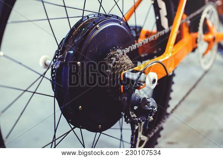 Powerful Electric Bike Motor Is Installed In The Wheel, Motor Wheel, Green Technology, Environmental