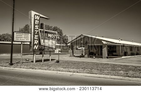 Sayre, Oklahoma, Usa - May 12, 2016 : Western Motel Neon Sign And Building Located Directly On Histo