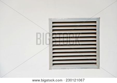 Air Ventilation , Acts As A Vent To The Outside.