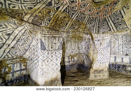 Tierradentro - Burial Caves Painted With Red, Black And Whte Geometric Patterns In Colombia