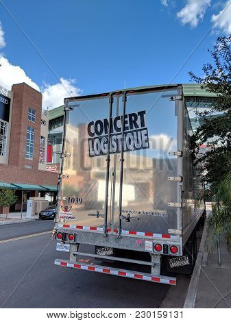 Phoenix, Az, Usa - February 28, 2018: 'concert Logistique' Truck Trailer From Canadian City Of Quebe