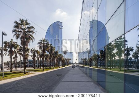 Barcelona,spain-december 9,2015: Contemporary Architecture, Hotel W Or Hotel Vela, By Ricard Bofill.