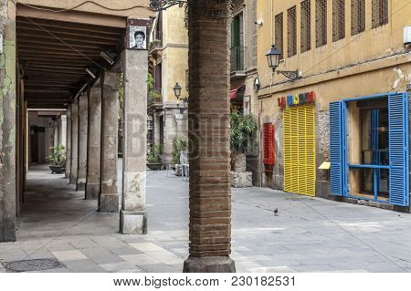 Barcelona,spain-august 31,2015: Porches In Street Of El Born Quarter Of Barcelona.