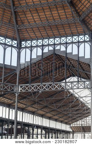Barcelona,spain-november 27,2015:interior, Iron Ceiling Of El Born Cultural And Memorial Center, Cul