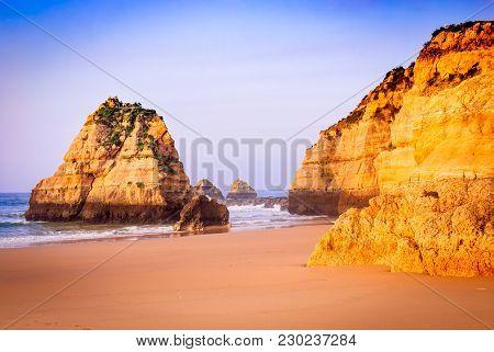 Algarve, Portugal - Praia Da Rocha, Amazing Sunrise At Atlantic Ocean, Portimao.